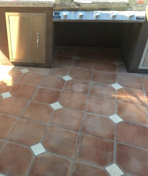 suelo de barro tonalidad rojiza 06