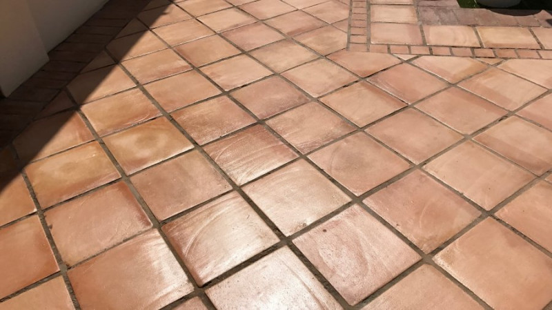 pavimento de terracota tonalidad clara 06