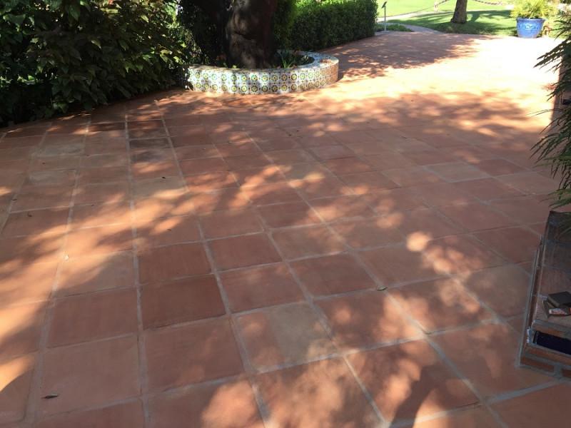 suelo de barro tonalidad rojiza 07